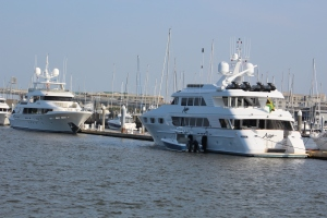 Mega Yachts on Mega Dock