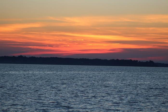 Sunset on Potomac River at Gilligan's