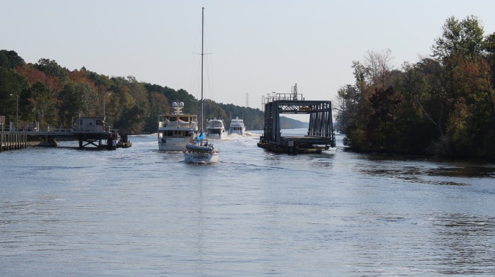 Parade of Boats thru the swing bridge