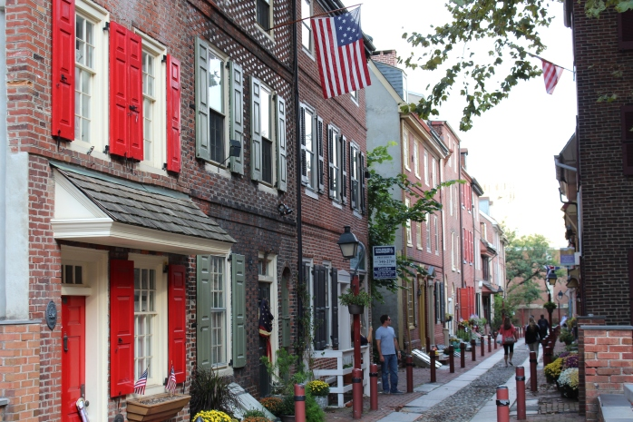 Elfreth's Alley - oldest residential street in America - 32 homes built between 1728 and 1836, still occupied