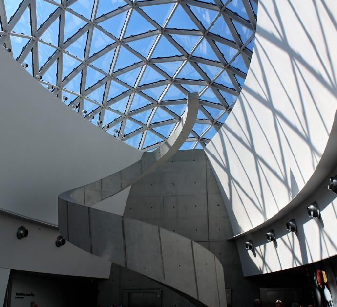 19-spiral-staircase