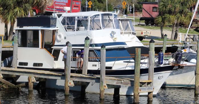 2-buddy-boat-for-gulf-crosing