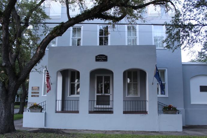 49 Colonial Bank Circa 1735