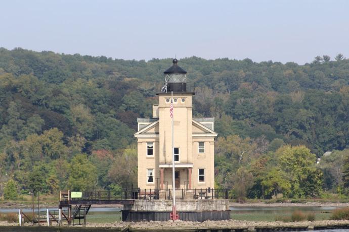 45 Rondout Crrek Lighthouse