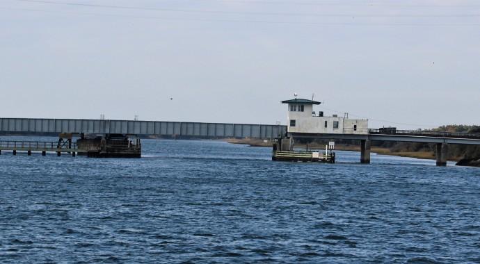 16 Onslow Beach Bridge