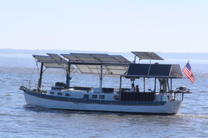24 Solar Sailor