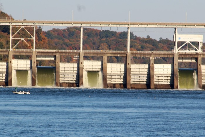33 Pickwick Dam