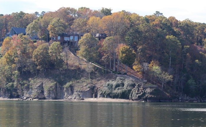 37 Shores along Pickwick Lake