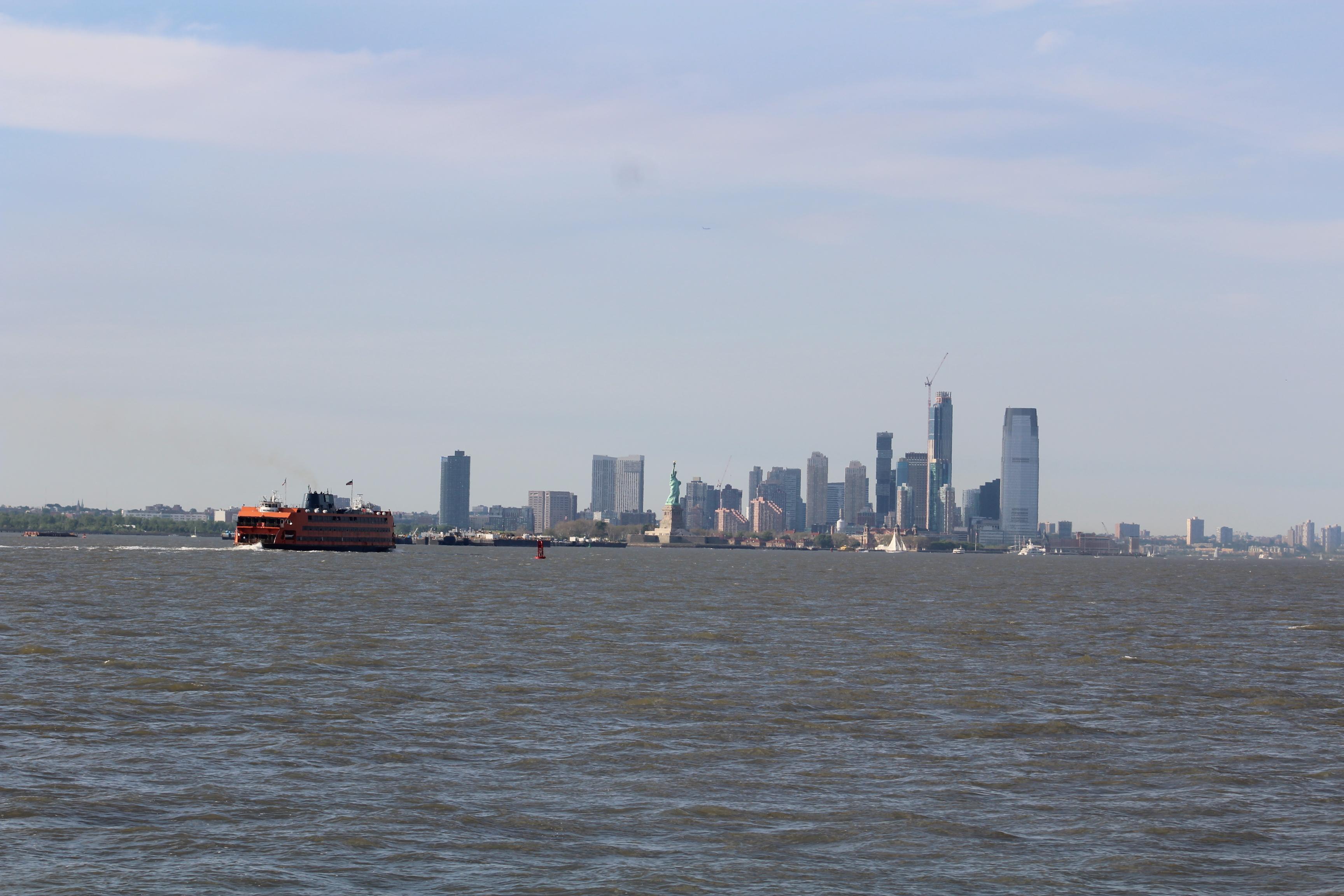 16 Staten Island Ferry and Lady Liberty